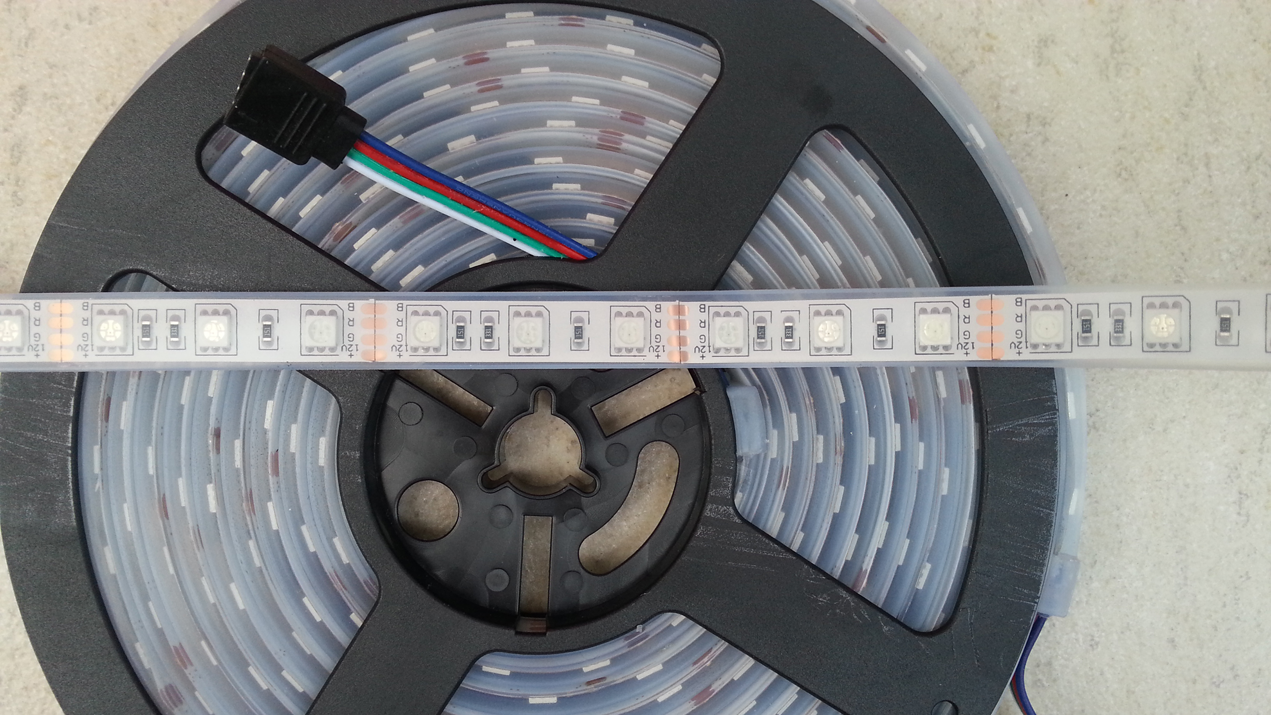 IP68_protection_rated_RGB_5050_LED_light_strip
