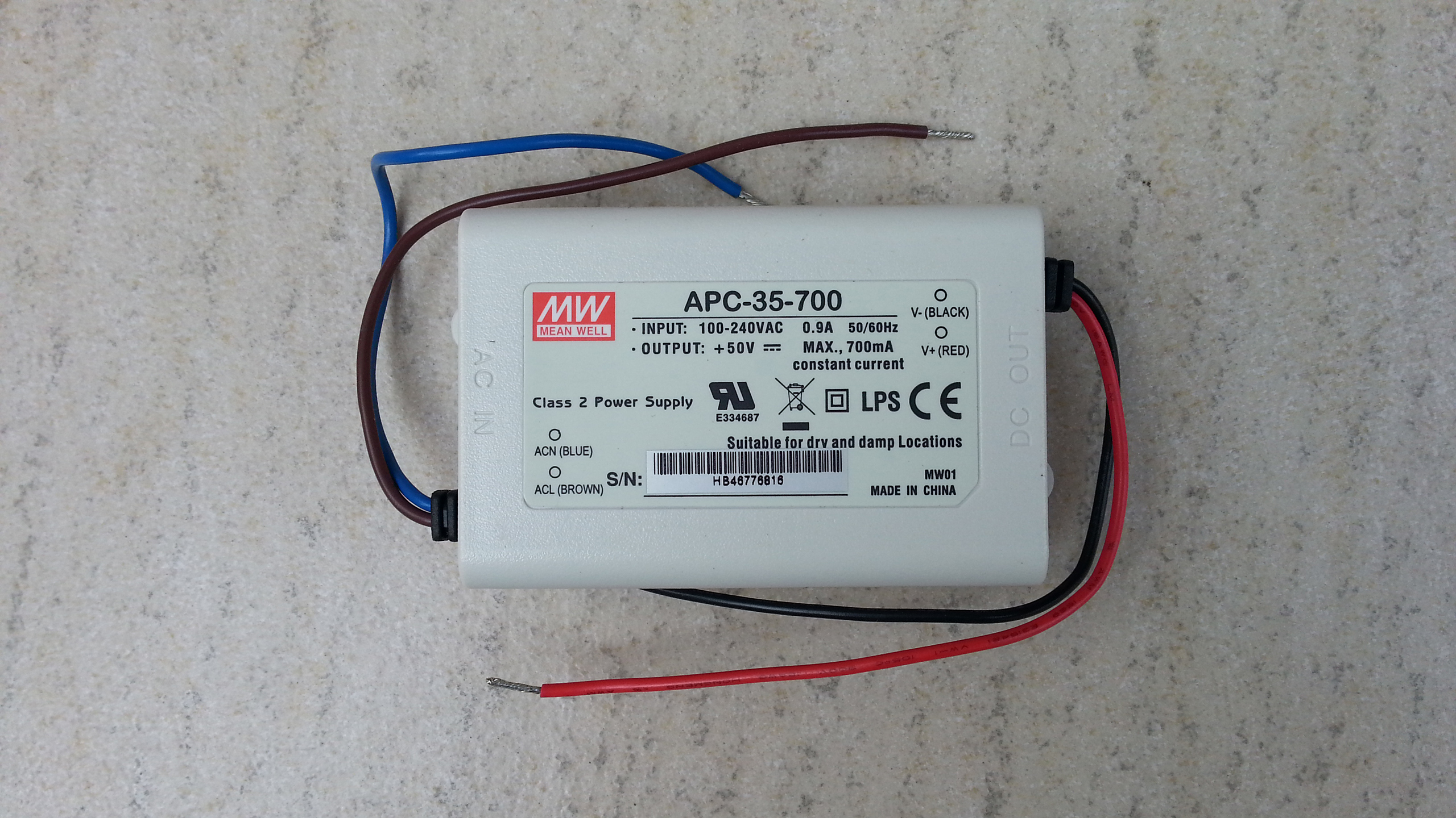 Meanwell_APC_35_700_constant_current_LED_driver_power_supply
