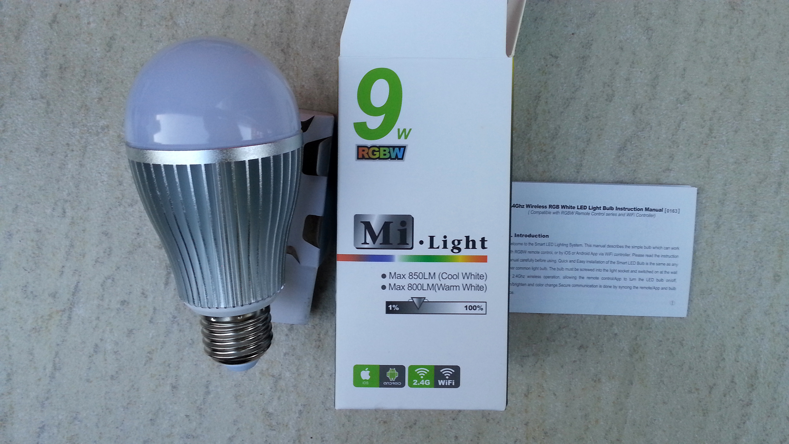dimmable_9W_2.4G_RF_remote_E27_RGBW_light_LED_bulb