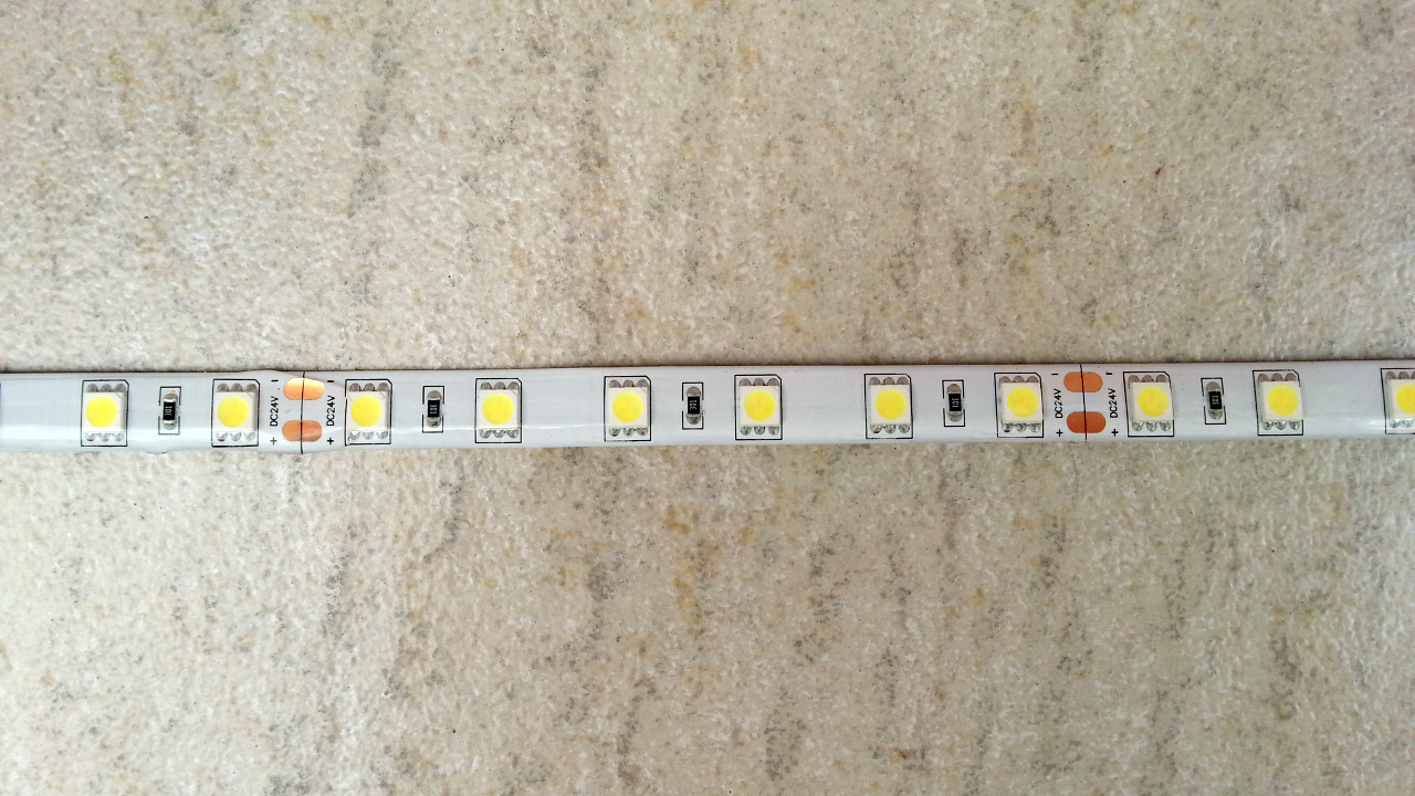 high_quality_silica_gel_waterproof_24V_pure_white_SMD_5050_LED_light_strip
