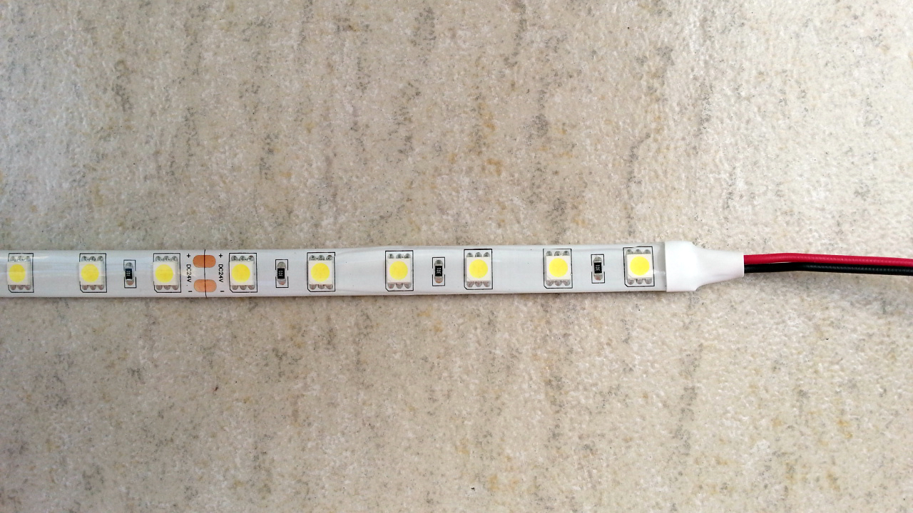 silica_gel_waterproof_24V_pure_white_excellent_performance_SMD_5050_LED_light_strip